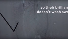 Για όσους έχουν καλές ιδέες στο ντουζ και φοβούνται μην τις ξεχάσουν, η Marriott έχει τη λύση!