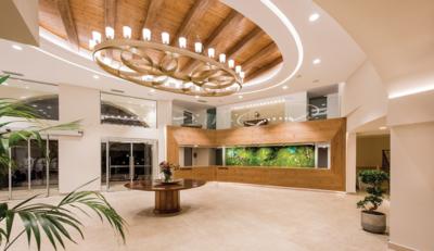 Ο ανασχεδιασμός του Nana Beach αναπαράγει την ατμόσφαιρα των επιβλητικών Κρητικών αρχοντικών