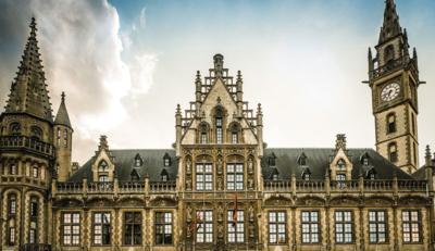 To ιστορικό ταχυδρομείο της Γάνδης, μεταμορφώθηκε σε ξενοδοχείο και το αποτέλεσμα είναι μοναδικό!