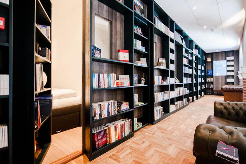 Boekenkasten-exterieur-5-1030x686