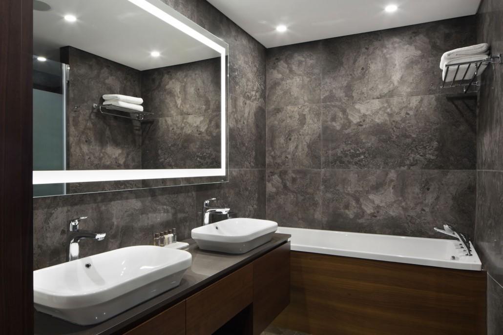 033-grand-corner-suite-2511_0447-1030x687