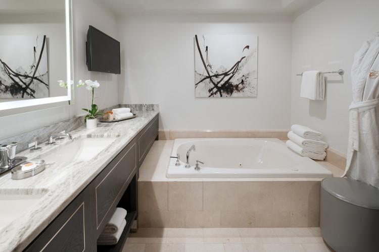 canyon-bath-750x500