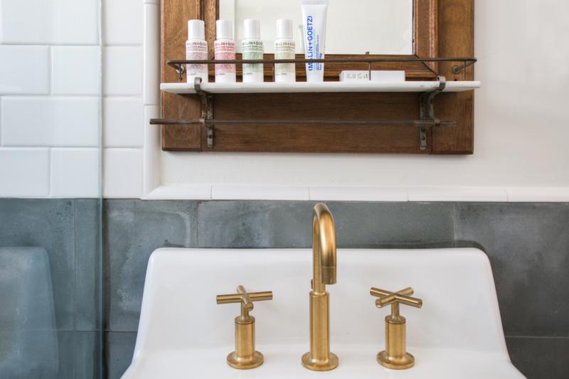 ch-1-bathroom-detail