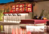 H υψηλή τέχνη της φιλοξενίας συνδιαλέγεται με τις καλές τέχνες στο Art Hotel