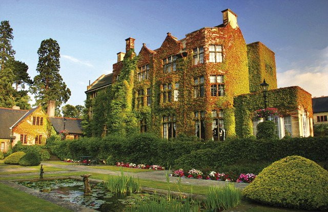 To Hollywood λατρεύει το Pennyhill Park