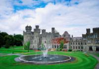 Παραμυθένια διαμονή σε κάστρα και παλάτια που έγιναν ξενοδοχεία!