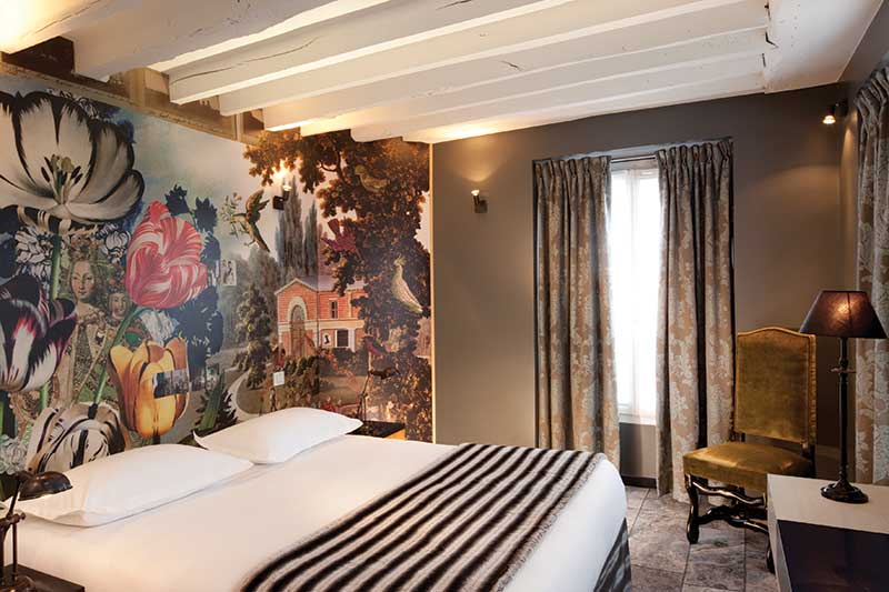 Hotel Notre Dame: Η αναγεννησιακή τέχνη συναντά το Θρησκευτικό Βυζάντιο σε μία μπαρόκ μεγαλοπρέπεια