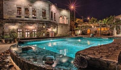 Museum Hotel: Το εκπληκτικό ξενοδοχείο μέσα στις σπηλιές της Καππαδοκίας