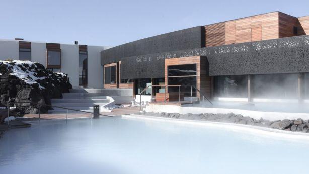 Το ξενοδοχείο της Ισλανδίας που βρίσκεται μέσα στη λάβα