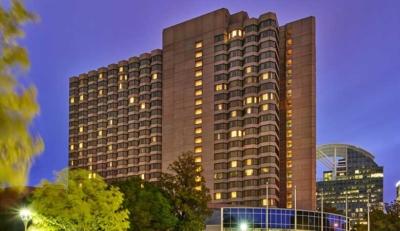 Ανακαίνιση στο The Whitley, A Luxury Collection Hotel