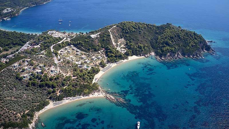 Το πολυτελές beachfront resort ELIVI SKIATHOS υποδέχεται τη νέα σεζόν συνθέτοντας μια ανατρεπτική εμπειρία ελληνικής φιλοξενίας