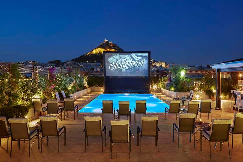 Το GB Pool του Ξενοδοχείου Μεγάλη Βρεταννία μετατρέπεται σε θερινό σινεμά