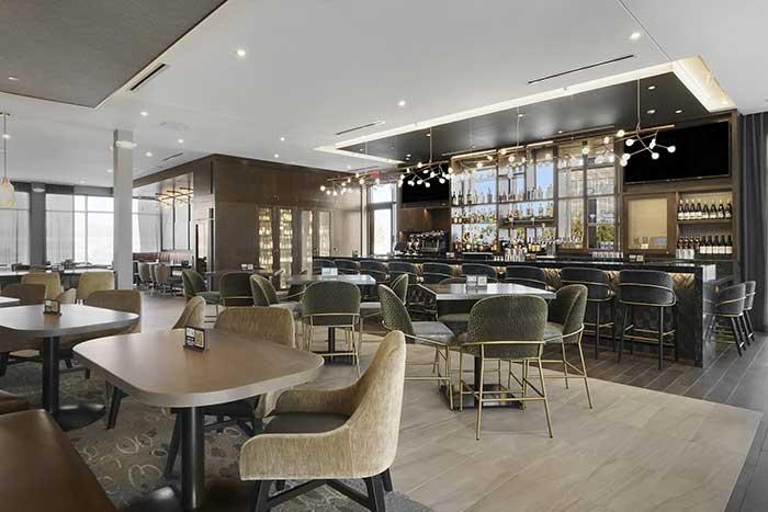 Το Forester, Hyatt Place: Το πρώτο ξενοδοχείο που άνοιξε στο Lake Forest σε 92 χρόνια