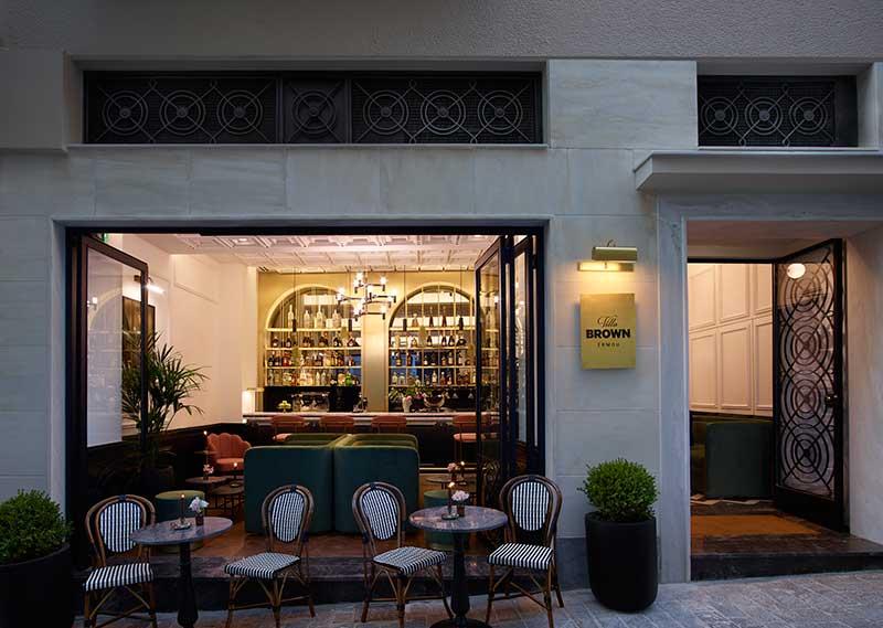 Villa Brown Ermou: To νέο εκλεπτυσμένο boutique ξενοδοχείο