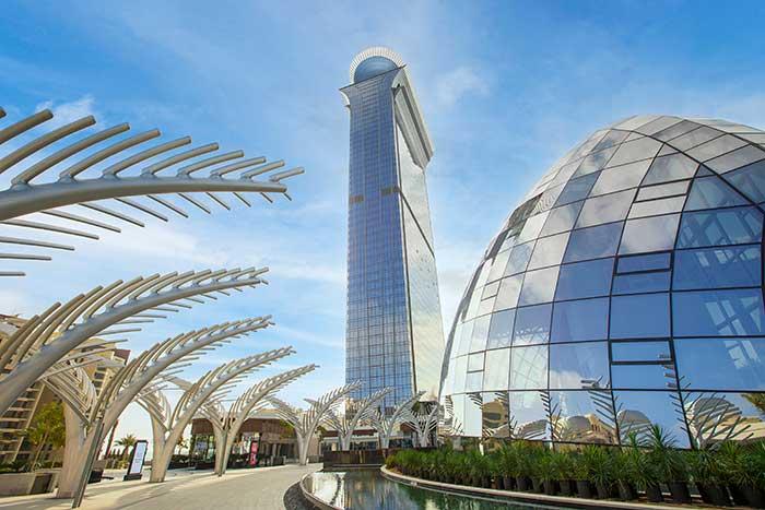 Το St. Regis Hotels & Resorts κάνει το λαμπερό ντεμπούτο του στο εικονικό νησί Palm Jumeirah του Ντουμπάι